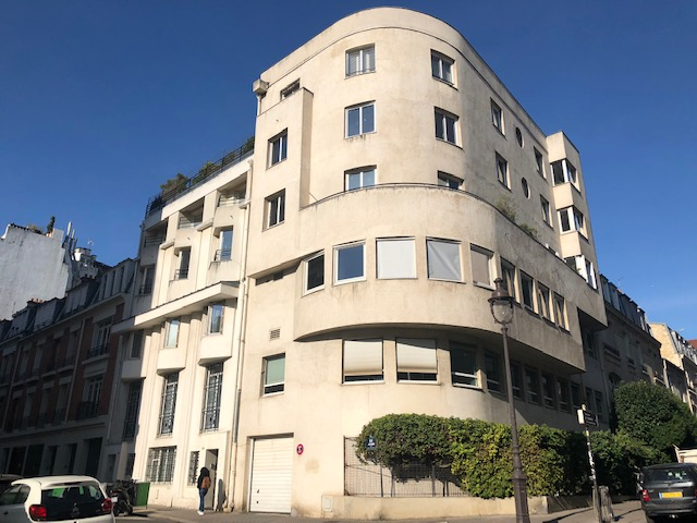 A VENDRE BUREAUX Métro Jasmin 140 M² 75016 PARIS